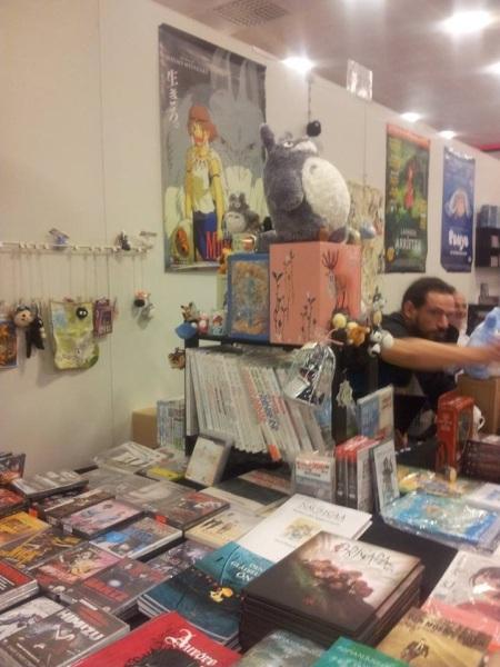 Detta bordet vet jag en på jobbet hade älskat. Bara Manga och Anime. Foto: Aurora Gustafsson